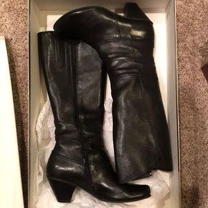 Shoes - Fidji black dress boots